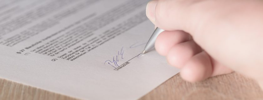 Przypomnienie dla studentów I-go roku o konieczności podpisania umowy